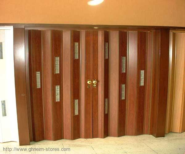 أبواب أكورديون